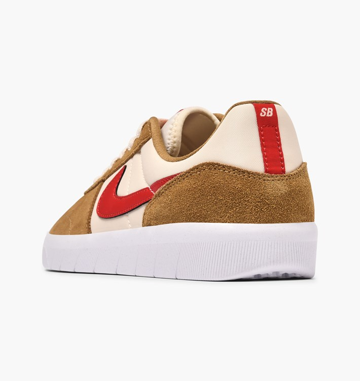 nike-sb-team-classic-ah3360-202-golden-beige-university-red-li-1