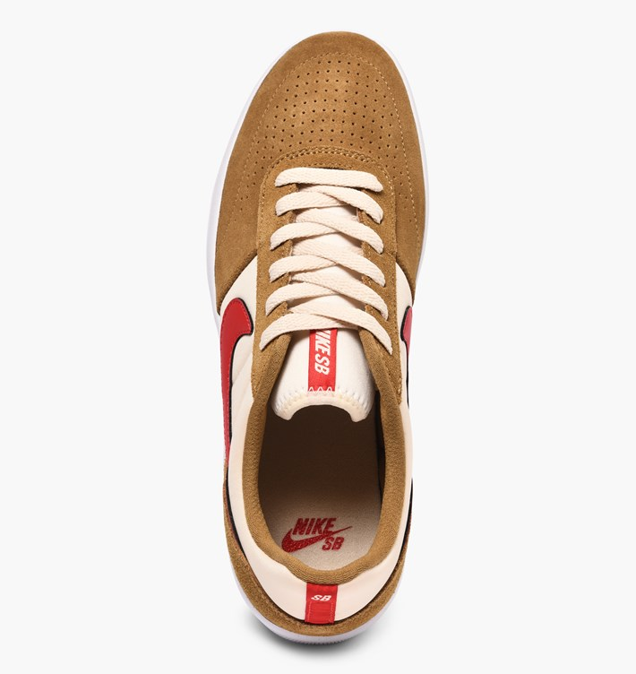 nike-sb-team-classic-ah3360-202-golden-beige-university-red-li-4